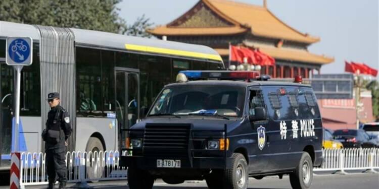 Pékin soupçonnerait un attentat suicide place Tiananmen