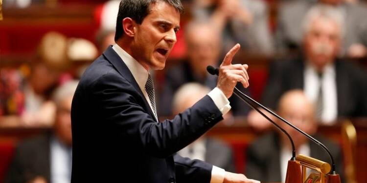 Valls promet 30 milliards d'euros de baisse du coût du travail d'ici 2016