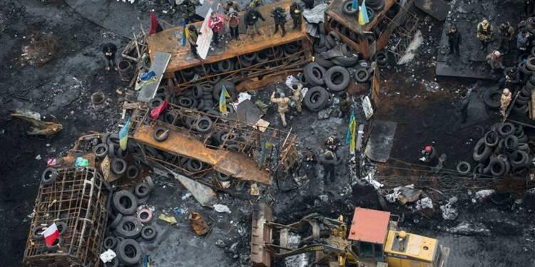 Gestes de conciliation à Kiev avant une semaine décisive