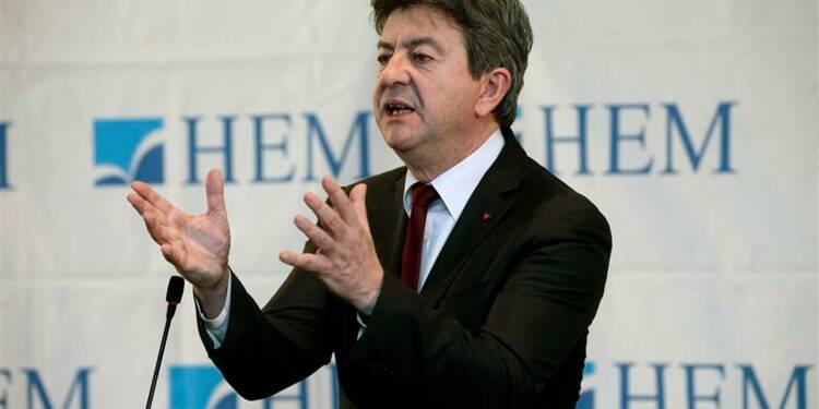 """Mélenchon tend la main aux militants socialistes """"meurtris"""""""