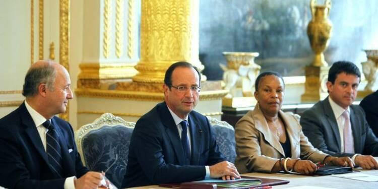 François Hollande rappelle son équipe à l'ordre