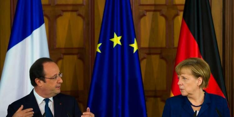 Hollande et Merkel haussent le ton sur l'Ukraine face à Poutine
