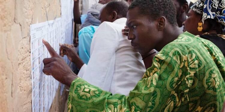 """Le Mali vote en espérant un """"nouveau départ"""""""