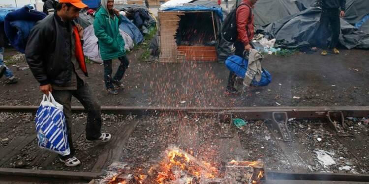 Evacuation de trois camps de migrants à Calais