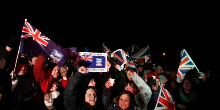 Les Malouines votent le maintien de leur statut britannique