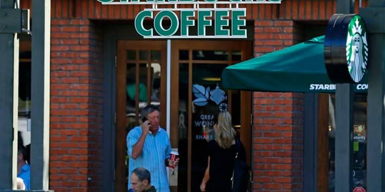 Starbucks relève ses prévisions annuelles