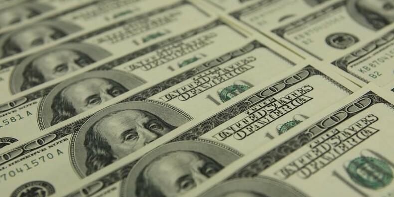 Le déficit budgétaire des Etats-Unis fortement réduit en mars