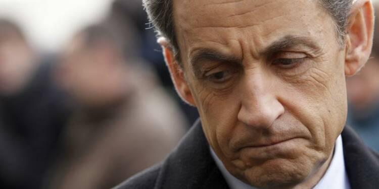 """Nicolas Sarkozy n'a pas l'intention """"d'en rester là"""""""