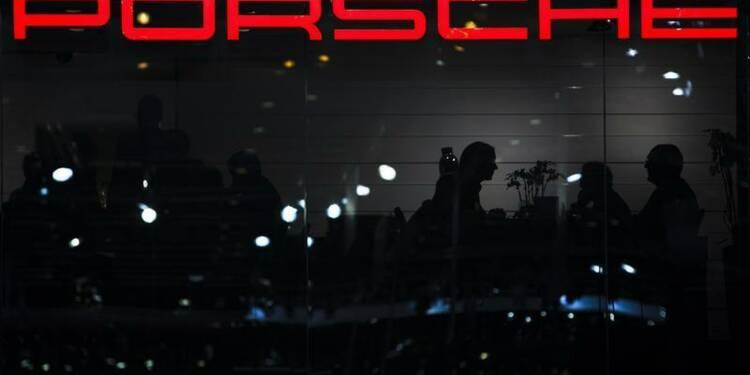 Porsche anticipe un bénéfice inchangé en 2013
