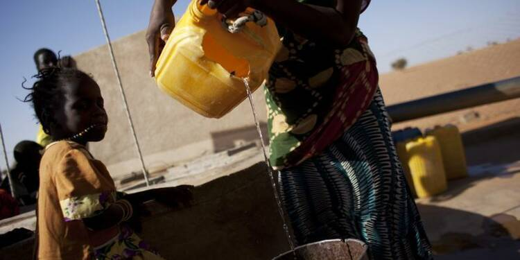 Une loi sur l'aide au développement, première en France