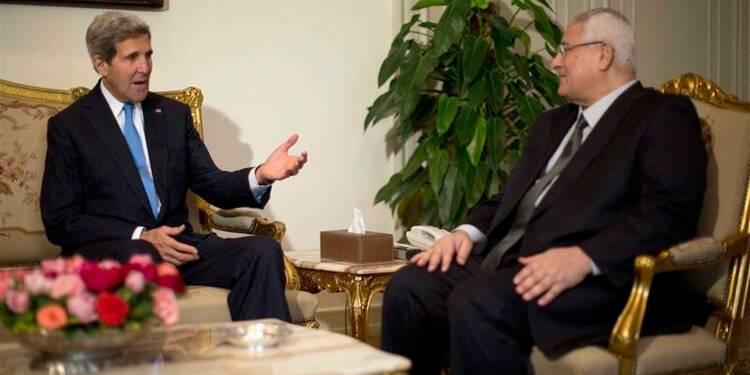 John Kerry en Egypte pour débattre de la transition
