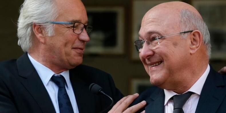 """Les ministres défendent une équipe """"compacte"""" et """"armée"""""""