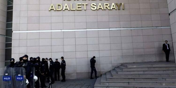 L'enquête anti-corruption se poursuit en Turquie