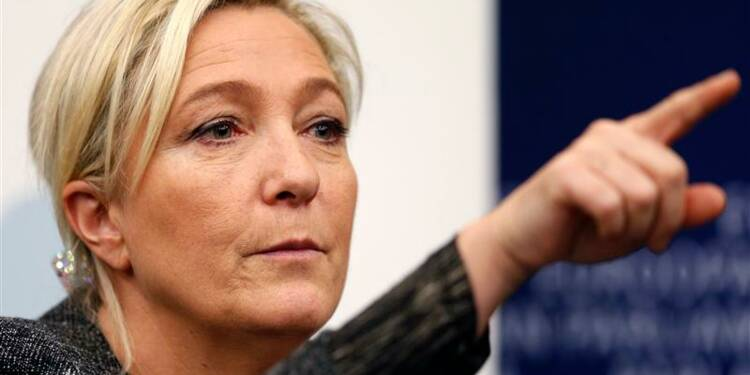 Marine Le Pen en quête d'alliances européennes à Strasbourg