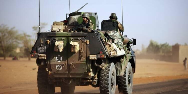 Paris mène la phase la plus difficile au Mali, dit Le Drian