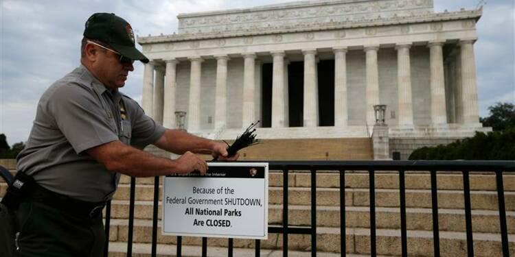 Première fermeture en 17 ans des services fédéraux aux Etats-Unis