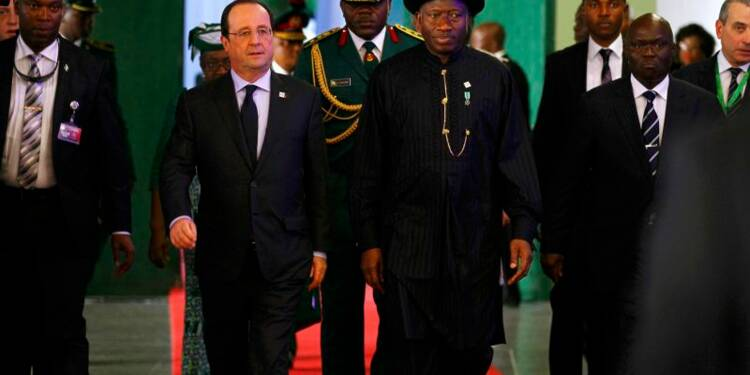 François Hollande promet au Nigeria son aide contre Boko Haram