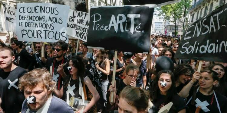 Manuel Valls fait un geste envers les intermittents