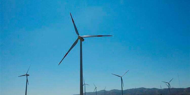 GDF sommé de démonter des éoliennes près d'un château