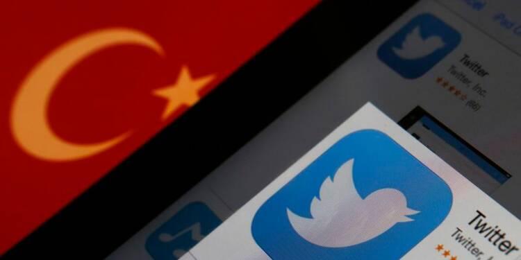 Le président turc se démarque d'Erdogan sur le blocage de Twitter
