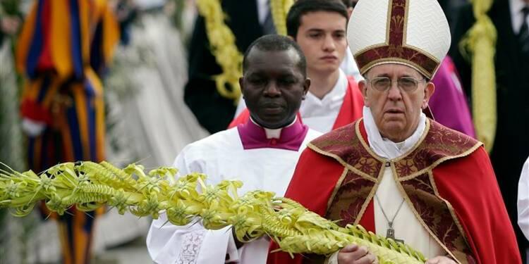 Le pape évoque sa grand-mère lors de la messe des Rameaux