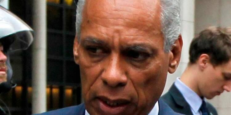 Le ministre des Outre-Mer critiqué pour ses propos sur Chavez
