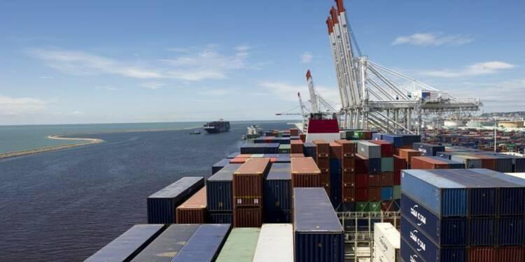 Baisse du déficit commercial à 4,7 milliards d'euros en octobre