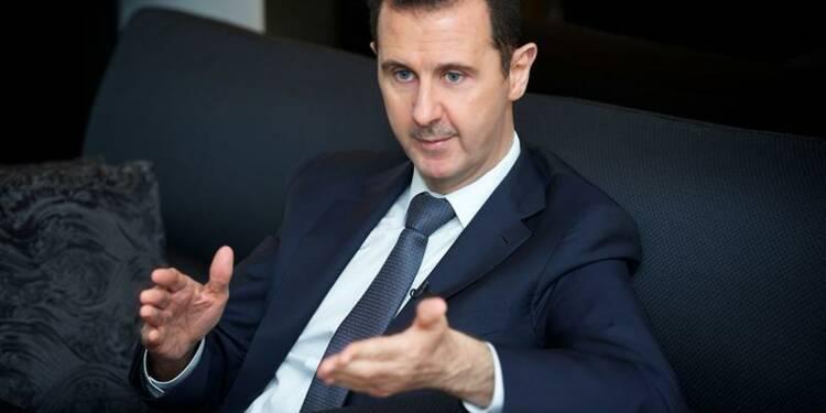 """La France """"ennemie"""" de la Syrie en cas d'attaque, prévient Assad"""