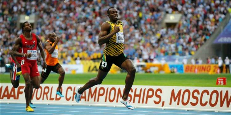 Athlétisme: Usain Bolt garde son titre sur 200 mètres