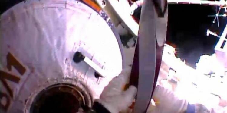 La torche olympique de Sotchi fait une sortie dans l'espace