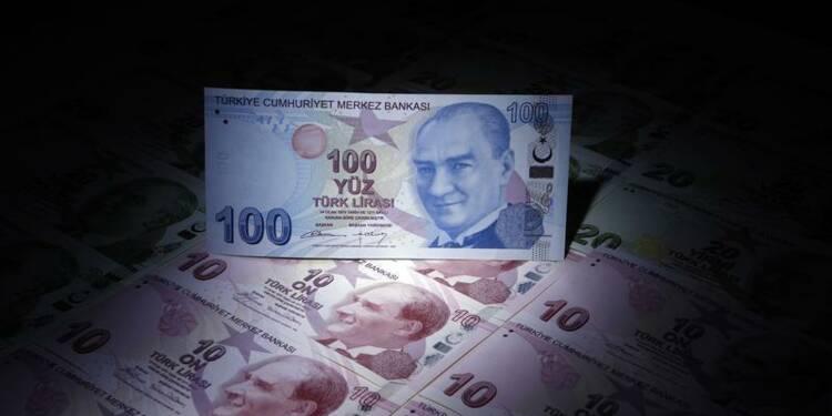 La Turquie relève son taux directeur à 12%