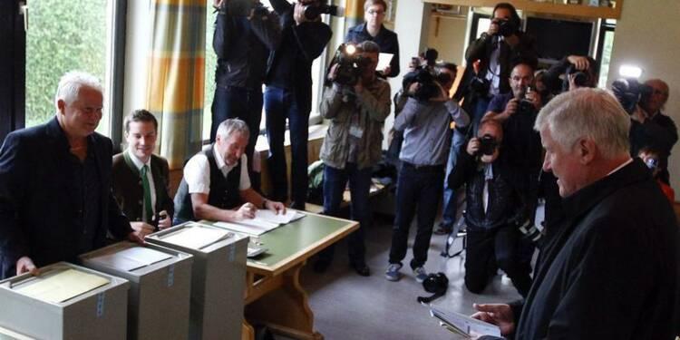 Merkel espère tirer parti d'une victoire de la CSU en Bavière