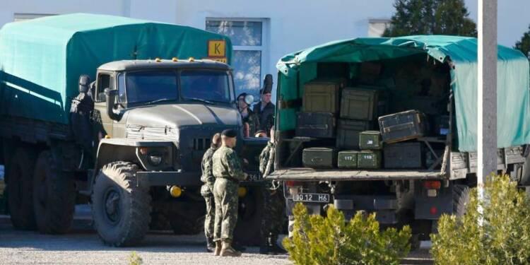 L'Ukraine ordonne l'évacuation de ses dernières bases en Crimée