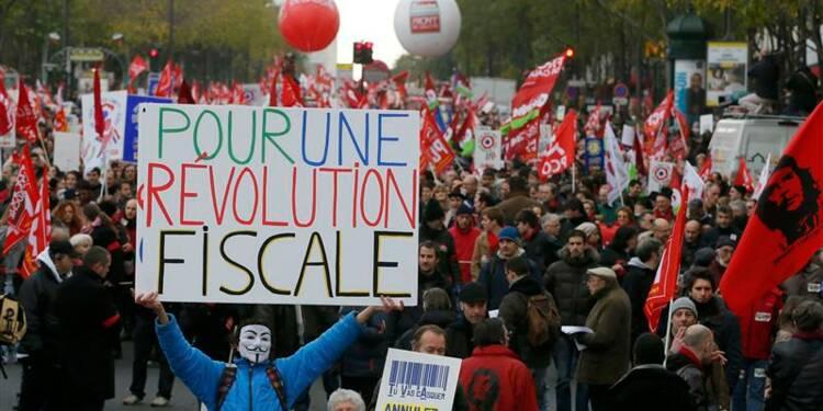 """Jean-Luc Mélenchon porte l'étendard de la """"révolution fiscale"""""""