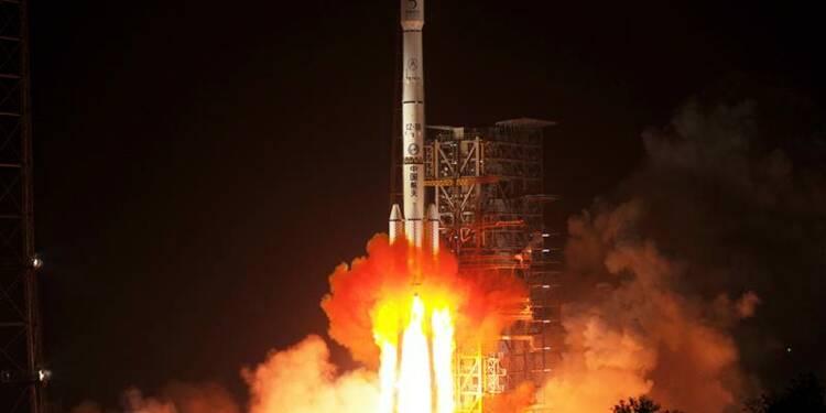 """La mission Chang'e-3 vers la Lune est un """"succès"""", dit Pékin"""