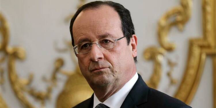 Hollande promet de réformer pour relancer son quinquennat