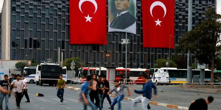 Les manifestants du parc Gezi priés une dernière fois de partir