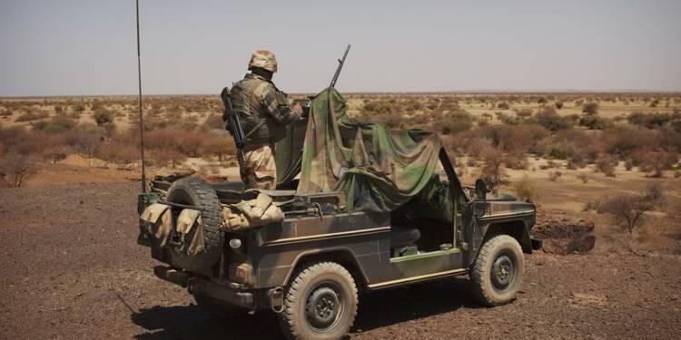 Le gouvernement confirme un début de retrait du Mali fin avril