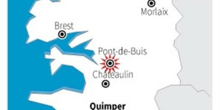 Violents affrontements dans le Finistère contre l'écotaxe