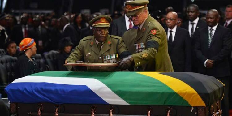 L'Afrique du Sud enterre Nelson Mandela dans l'émotion