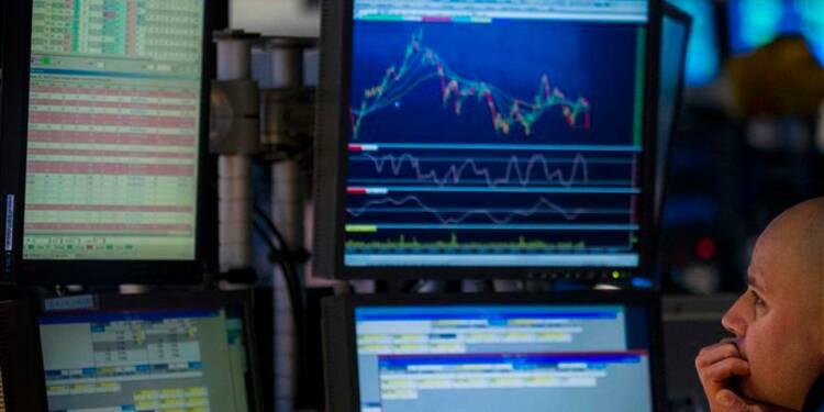 Wall Street finit sur une note stable avec l'emploi