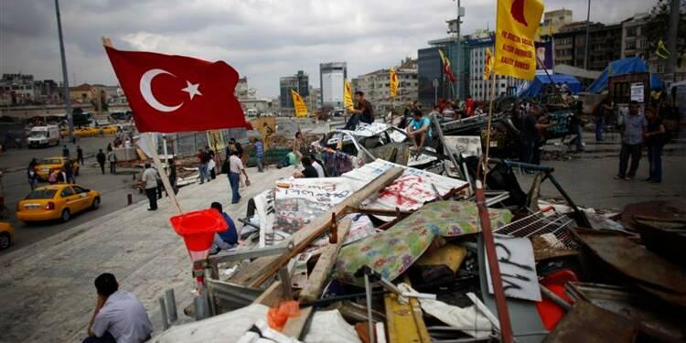 Les occupants du parc Gezi d'Istanbul refusent de partir