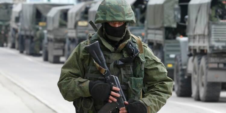 L'Ukraine place son armée en état d'alerte de combat