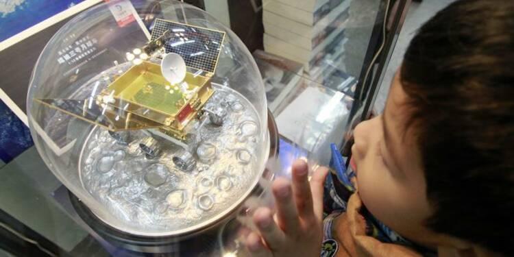Une sonde spatiale chinoise se pose avec succès sur la Lune