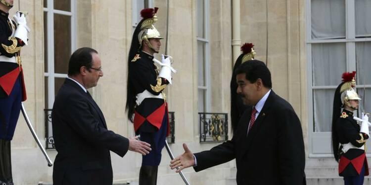 François Hollande veut un partenariat élargi avec Nicolas Maduro