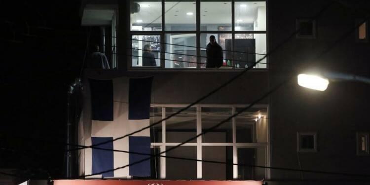 Deux membres d'Aube dorée abattus devant leur QG à Athènes