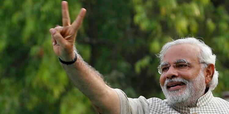 Le nationaliste Modi triomphe aux législatives indiennes