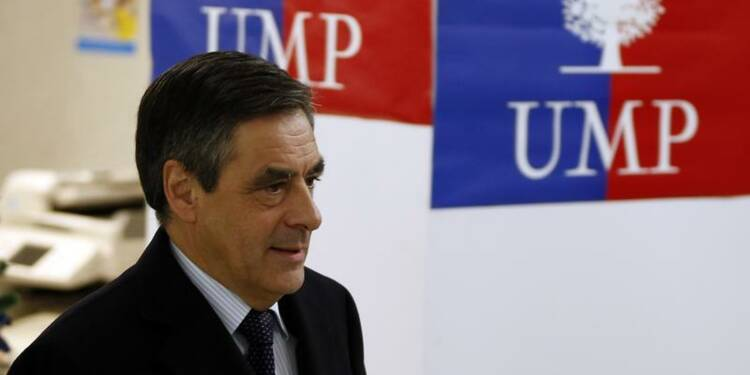 Hollande, un élève qui découvre sa mauvaise copie, dit Fillon