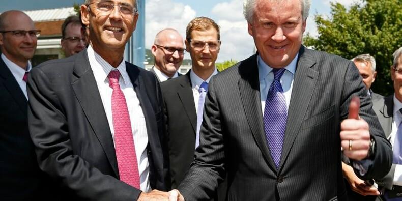 Alstom et General Electric célèbrent leur accord à Belfort