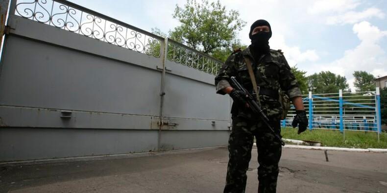 L'armée ukrainienne poursuit son offensive, la Russie accusée